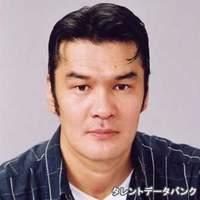 問田 憲輔
