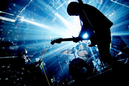 平成】最高にロックだと思うバンドランキング|B'z,L'Arc~en~Ciel ...